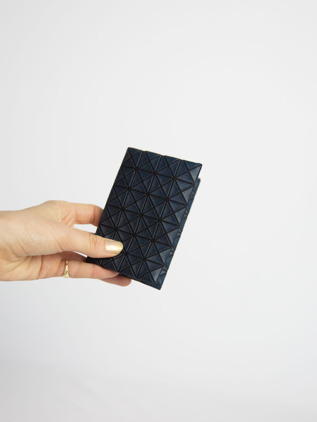 Kuro Oyster Card Wallet - Navy