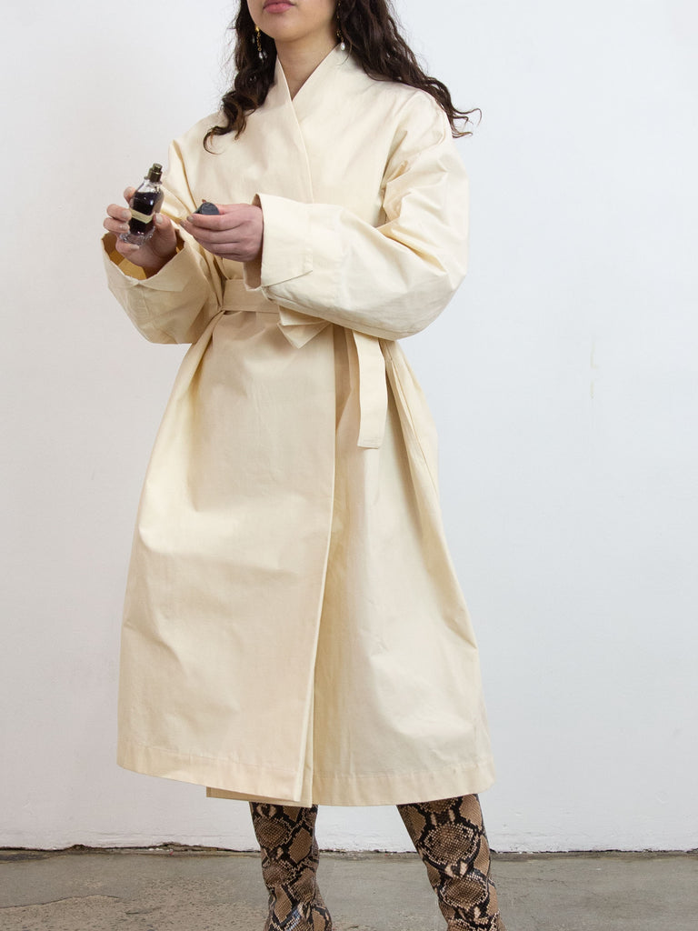 Futaebaori Trench Coat - Nude