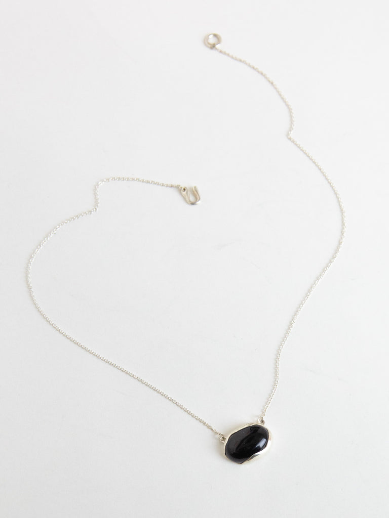FARIS OVO Necklace - Sterling Silver & Onyx
