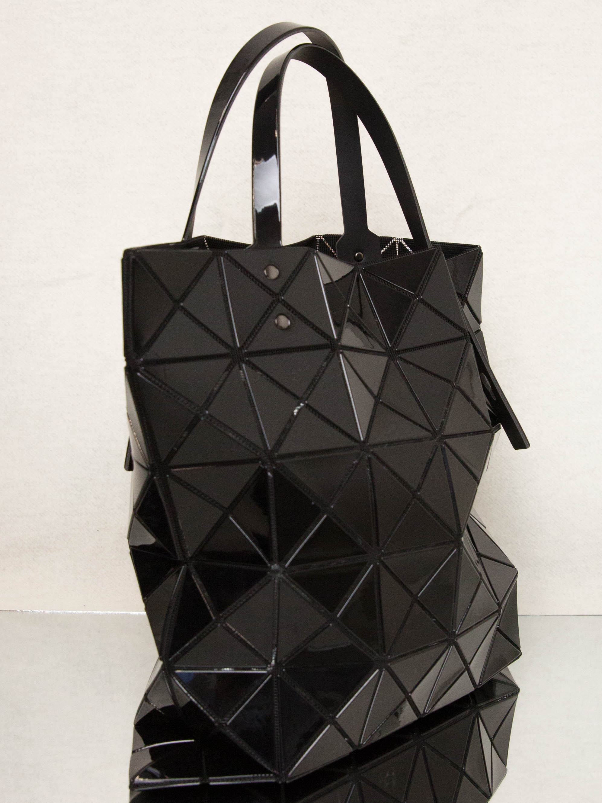 Lucent Tote Bag - Black