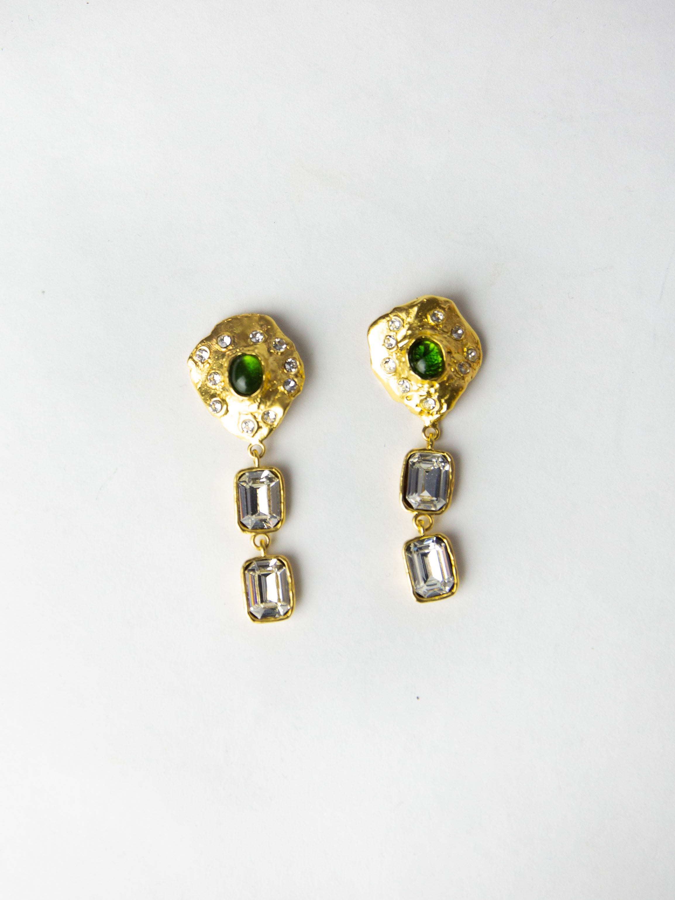 Oyster Earrings - Green