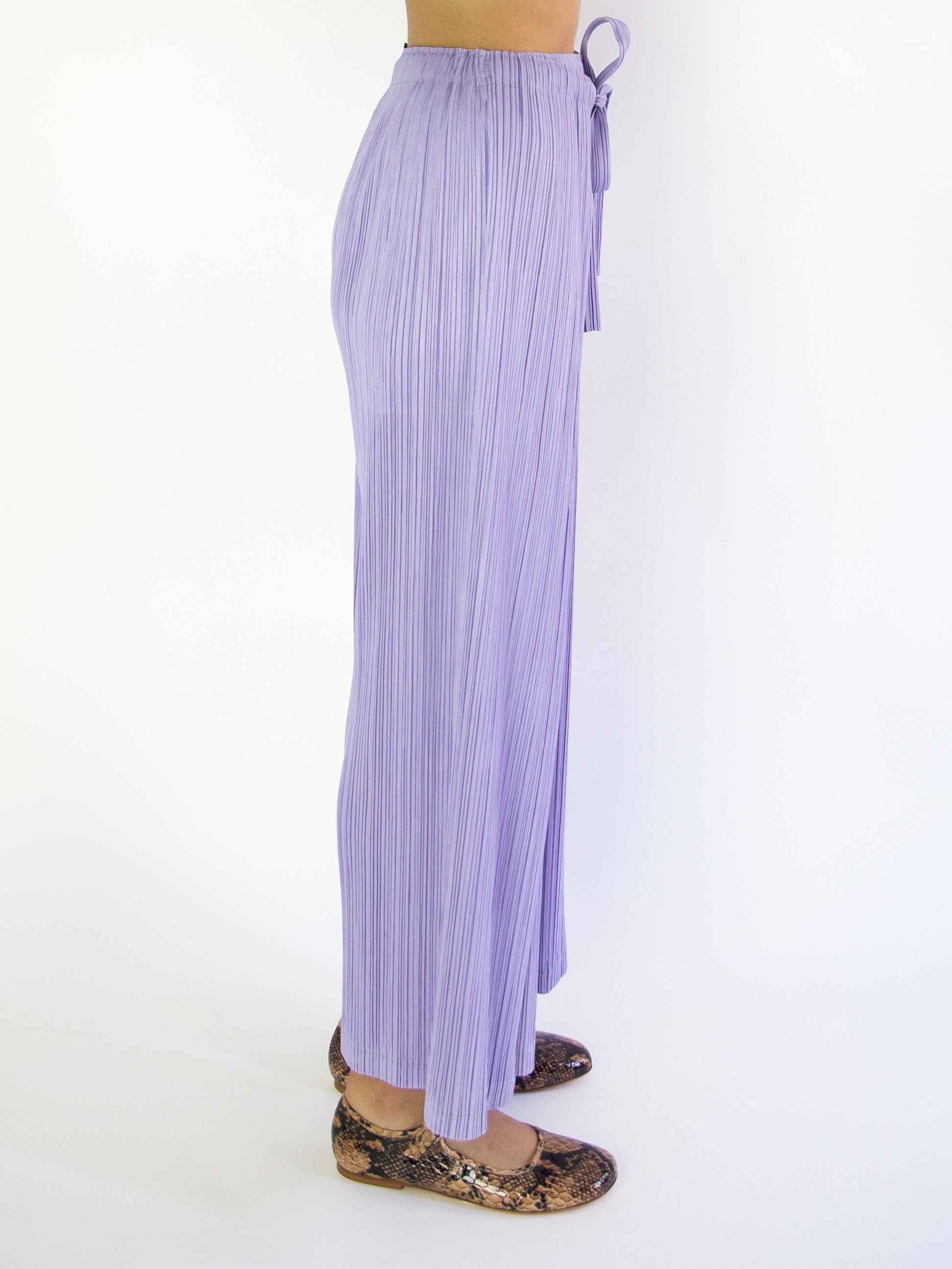 PLEATS PLEASE ISSEY MIYAKE Thicker Bottoms 1 Tie Front Pant - Lilac