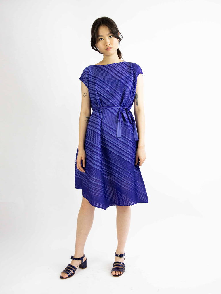 Musical Score Diagonal Pleats Dress - Purple
