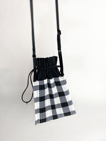 Small Square Pleats Bag - Black Block Check