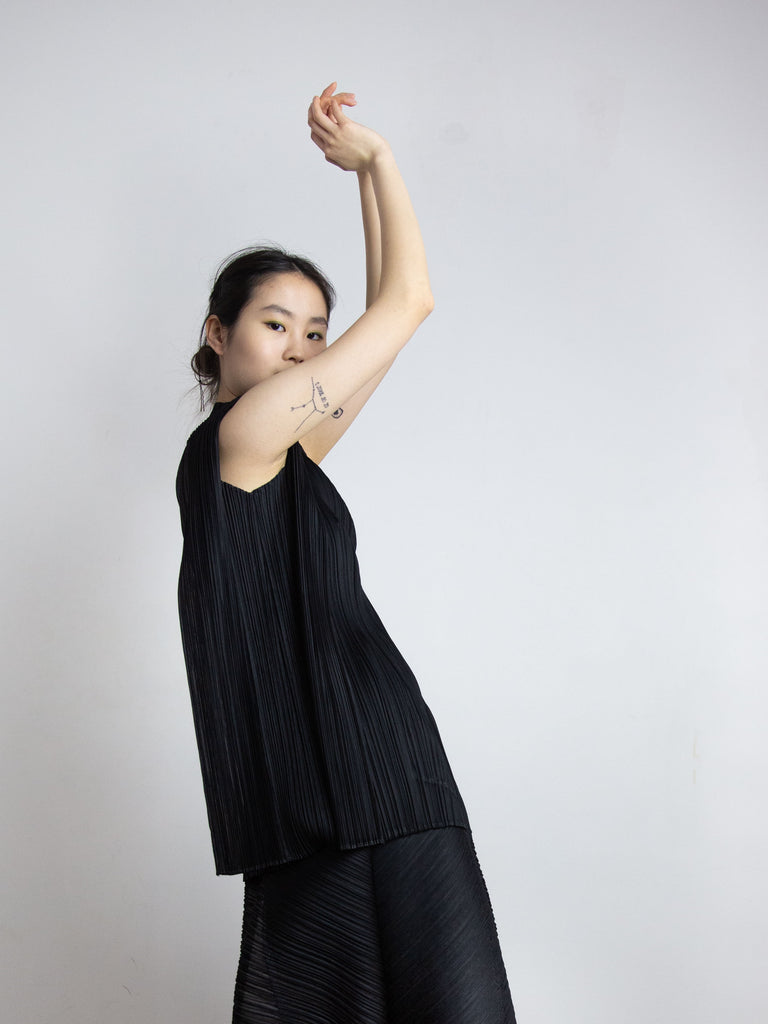 Motion Colours Tunic - Black
