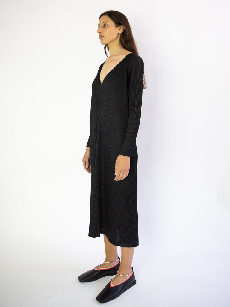 Monthly Colours December Long V Neck Dress - Black