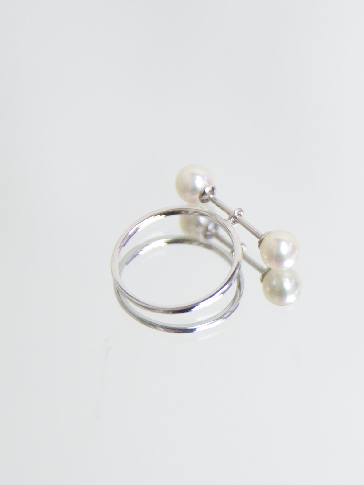 SPHERE Double Pearl Bar Ring - White Gold