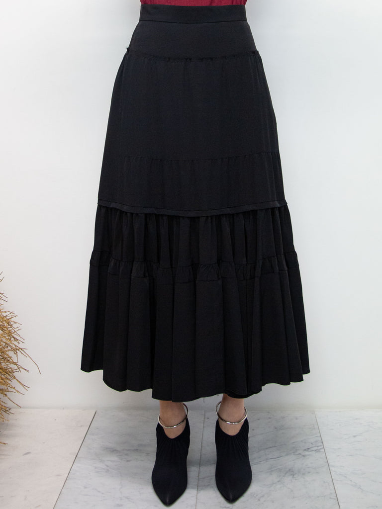 Y's Tiered Ruffle Skirt - Black