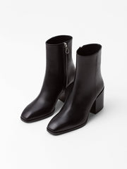 Leandra Calf Leather Boot - Black