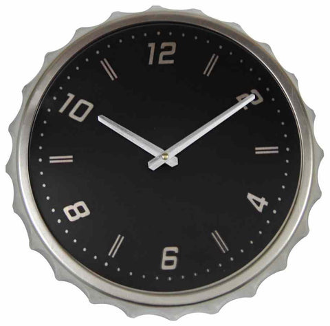 Retro Metal Bottle Cap Wall Clock, Black.