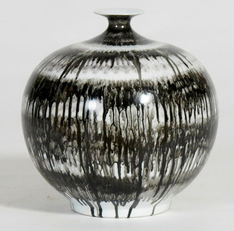 Handpainted-Black And White Vase, Drip Painting(Big sale till end of Feb)