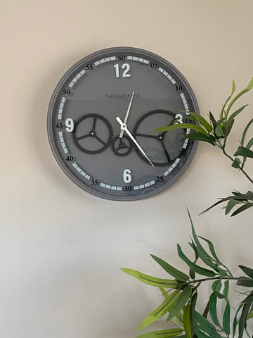Thomas Kent 36 Cm Moving  Gear Wall Clock