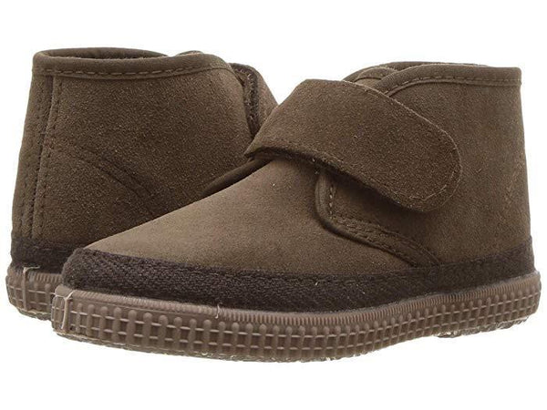 Cienta Brown Suede Chukka Boot
