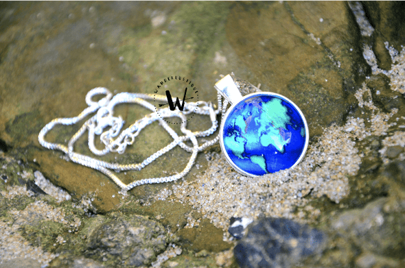 Premium Earth Necklace with Box Chain (FREE SHIPPING WORLDWIDE)