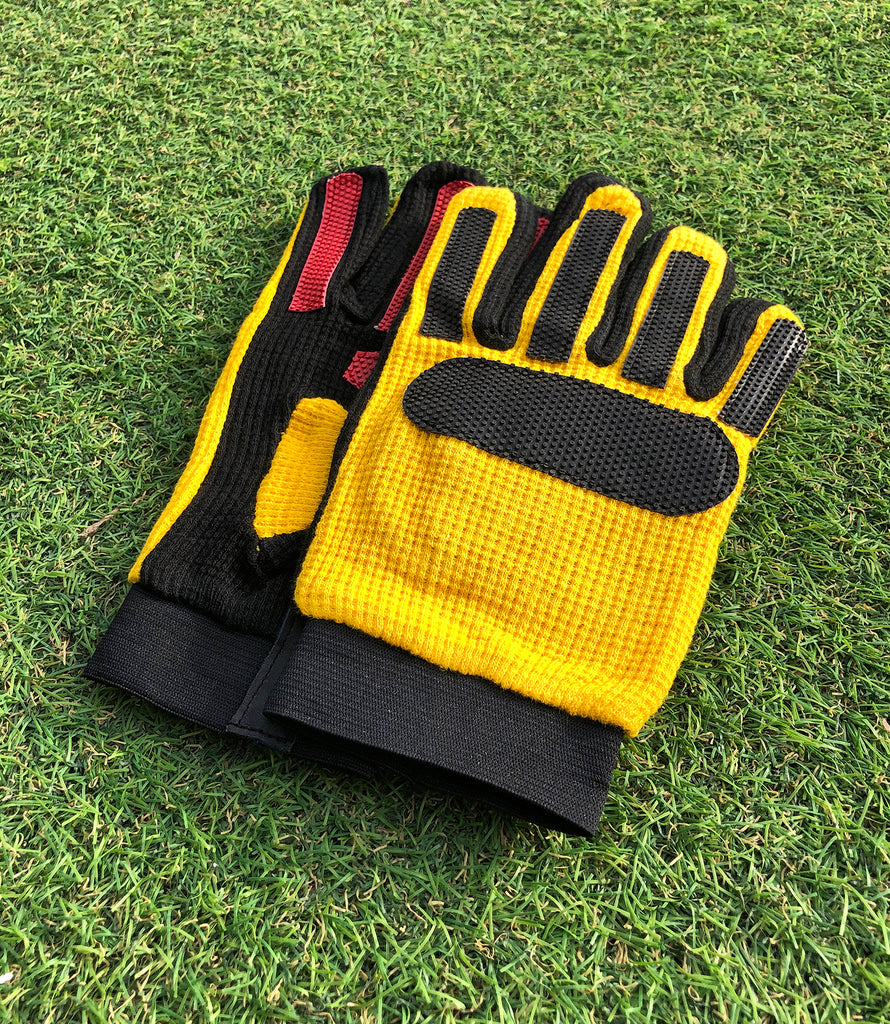 Ultratec Football Goalkeeper Gloves (2 Colours Available)