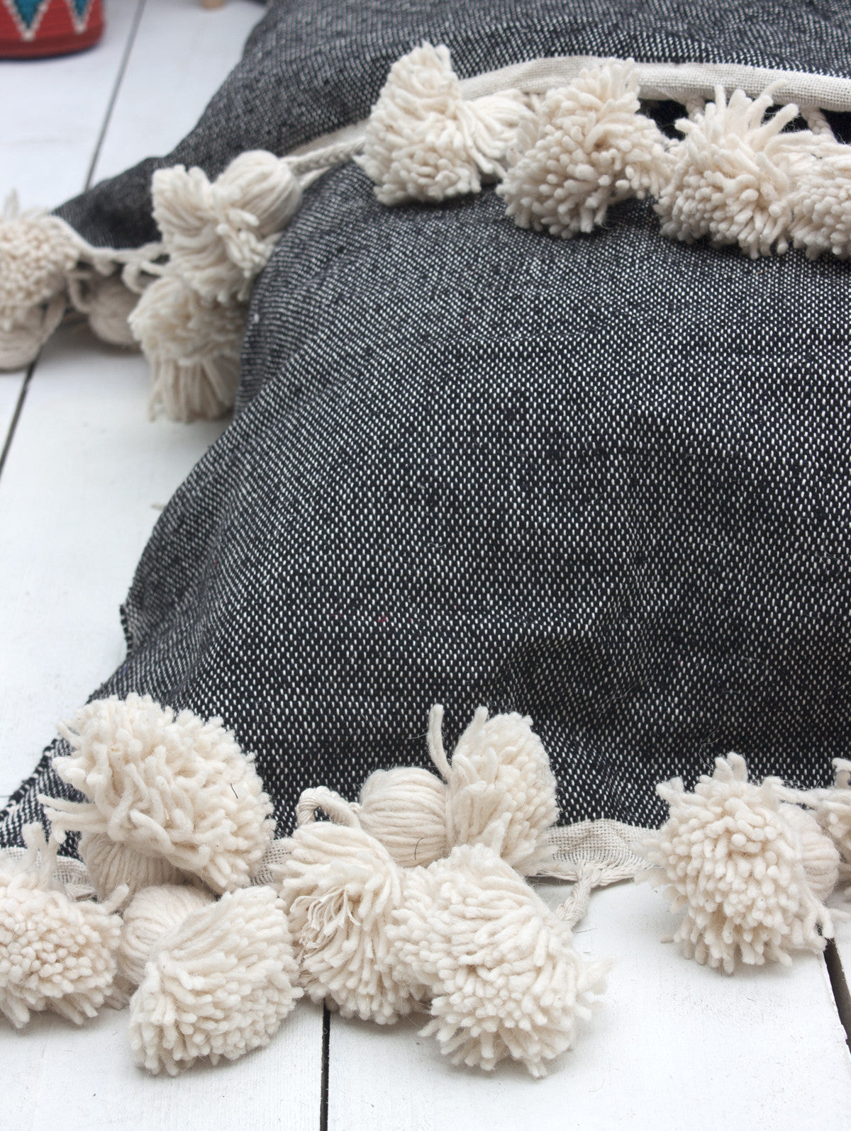 Super Tassel Blanket, Charcoal