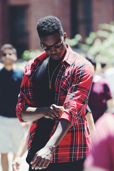 rolled up sleeves man style hack