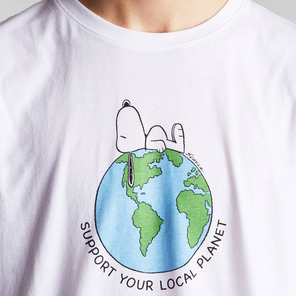 Dedicated T-Shirt Stockholm Snoopy Earth White