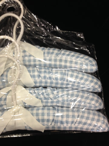 Gingham Hanger Set