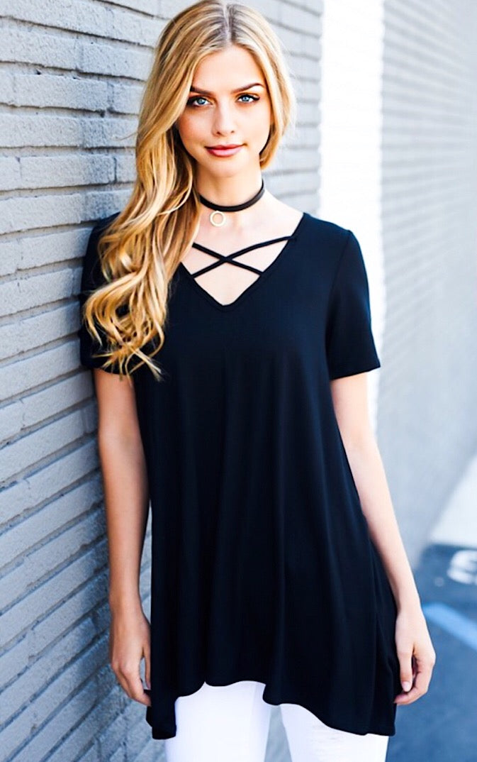 Year Round Essential Black Top, SMALL