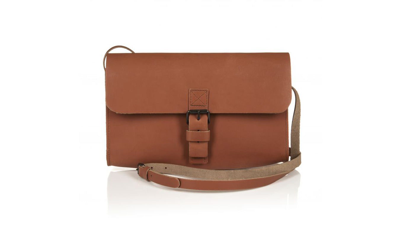 Barbara Wiggins Tan Leather Shoulder Bag