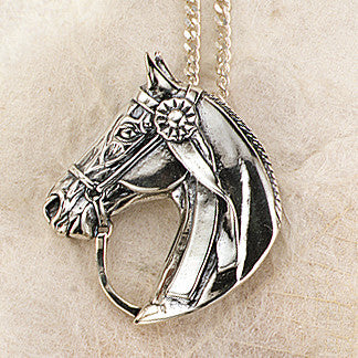Horsehead Necklace with Winning Ribbon, Sterling Silver