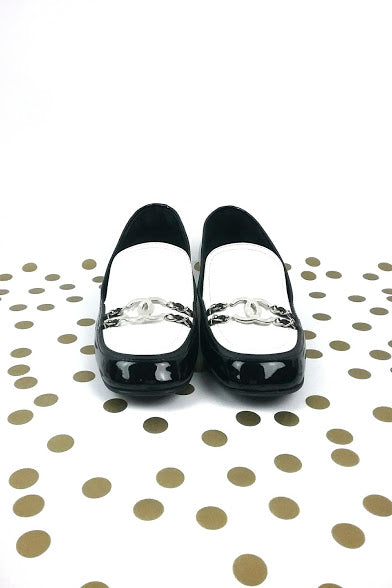 Black & White Patent Leather CC Buckle Loafers