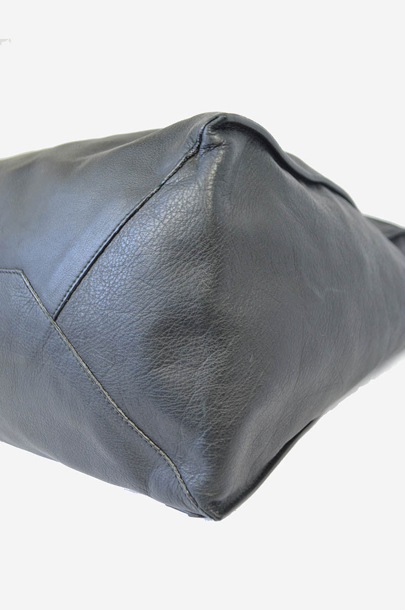 Black Leather Papier A4 Tote