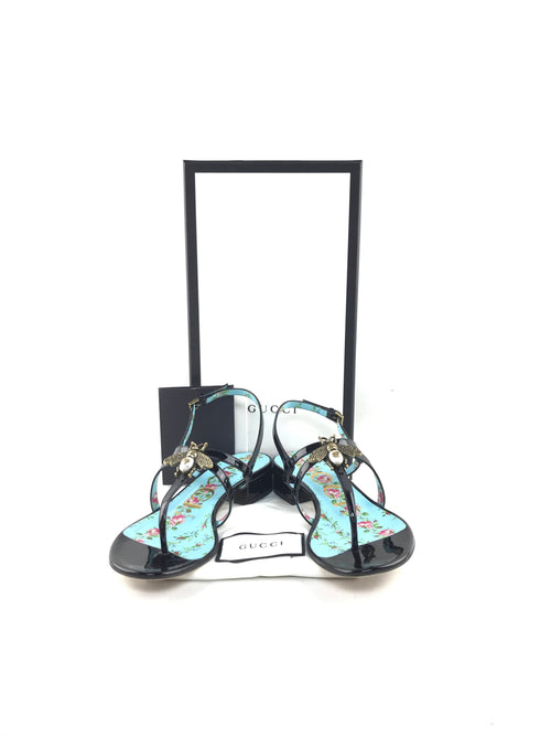 Black Patent Leather Strappy Sandals W/Accent Bee/Pearl