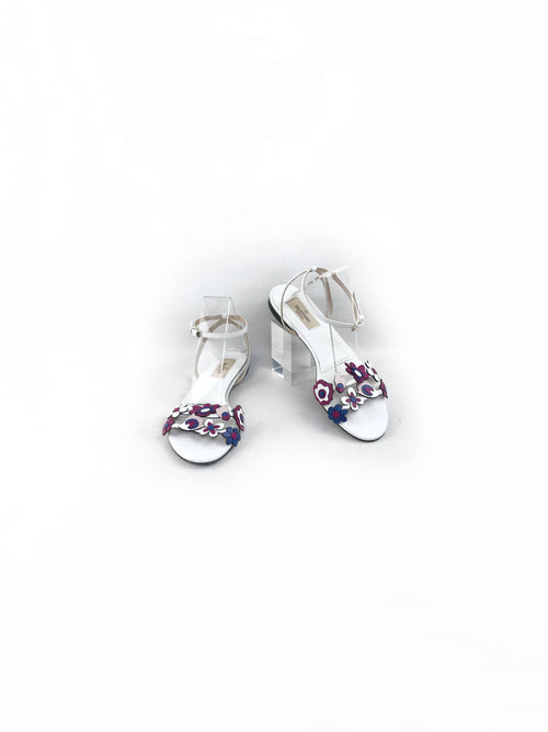White Flat Sandals W/ Accent Floral Décor