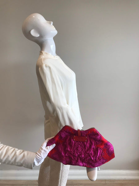 Red/Pink Flower Satin De Manta Clutch