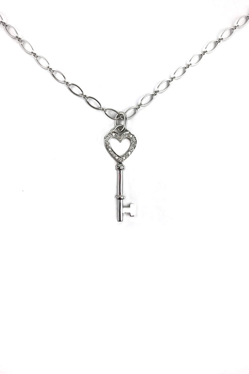 18K White Gold/Diamonds Small Heart Key Pedant Necklace