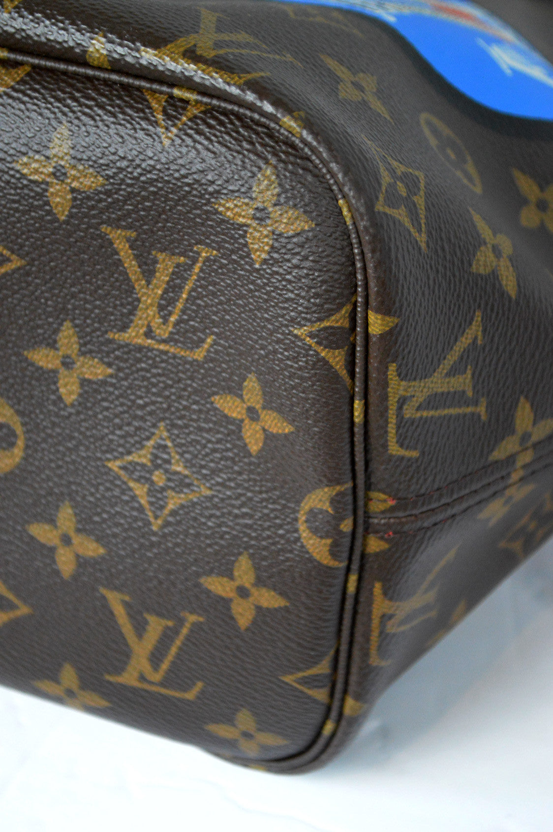 Limited Edition Monogram World Tour Neverfull MM
