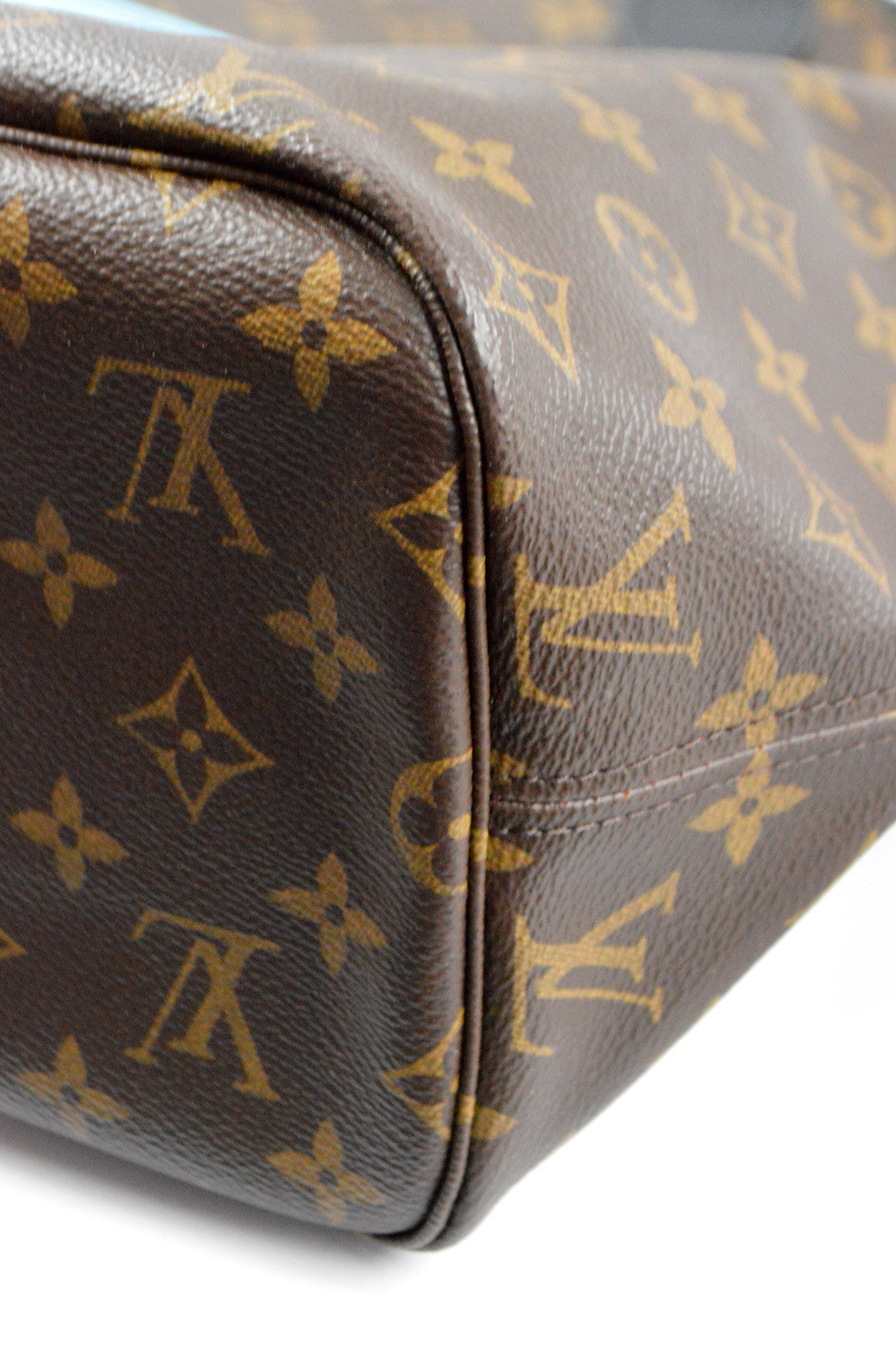 Limited Edition Monogram World Tour Neverfull MM -  ON LAYAWAY