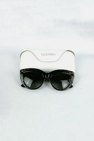 V709S Cat-Eye Sunglases w/ Lace Detail