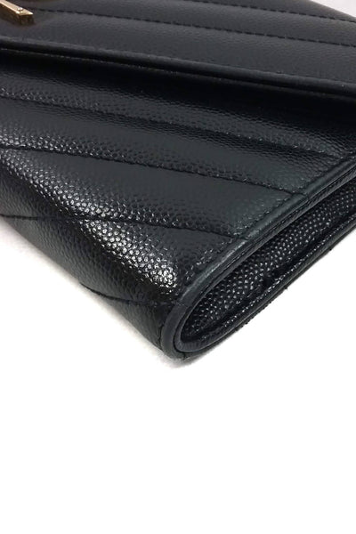 Black Textured Leather Matellassé Leather Flap Wallet w/ GHW - Haute Classics