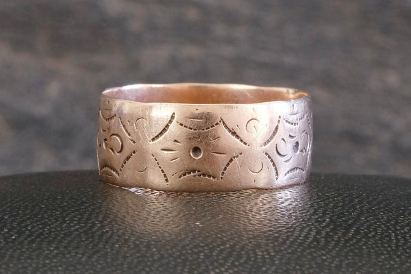 Etched Gold Band