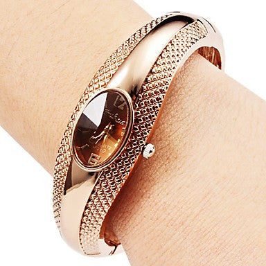 Luxury Women Rose Gold Bangle Watches with Rhinestones