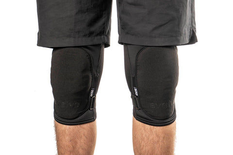 Evolve iXS Flow Evo+ Knee Guards