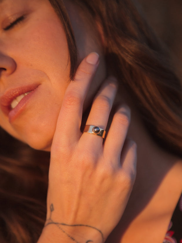Ines Pearl Ring
