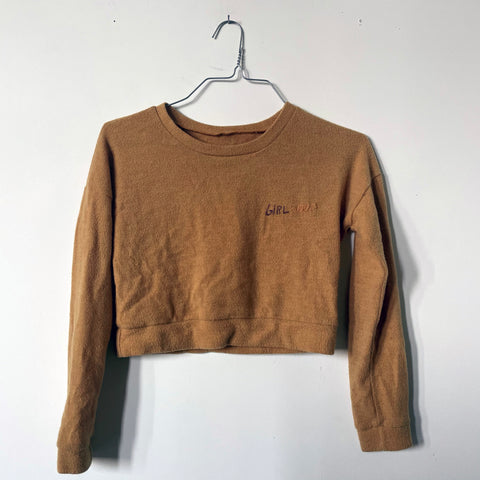 GIRL SOUP CROPPED SWEATER