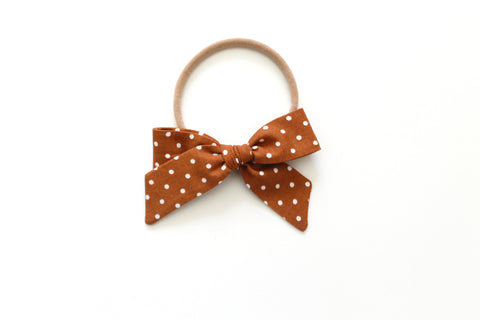 Chestnut Dot - Mini Hand-Tied