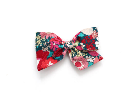 Spring Blooms in Pink/Green - Oversized Knot Bow