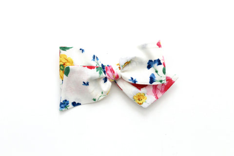 Afternoon Picnic in Ivory - Oversized Knot Bow