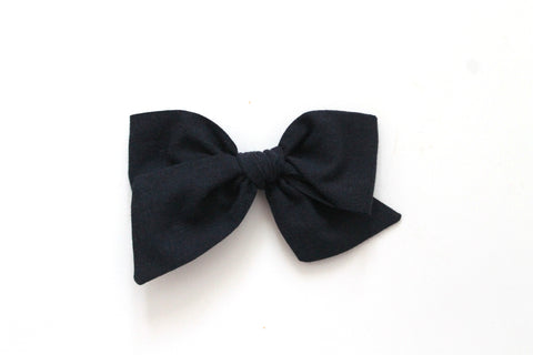 Black - Woven - Oversized Knot Bow