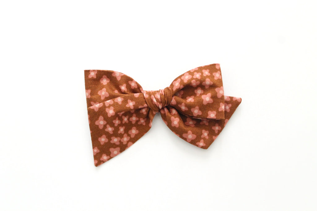 Ditsy in Butterscotch - Oversized Knot Bow