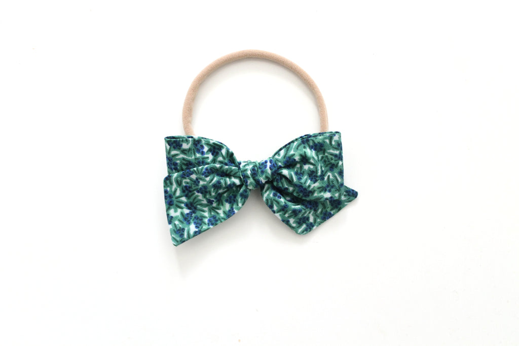 Blueberries in Green - Mini Knot Bow