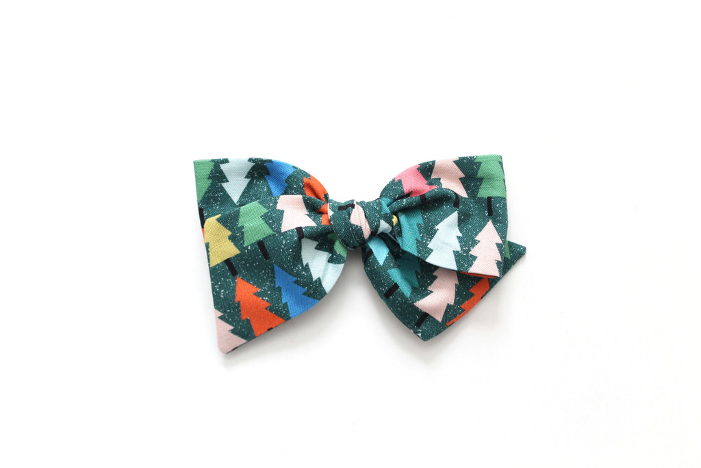 Colorful Tree's - Holiday - Oversized Knot Bow