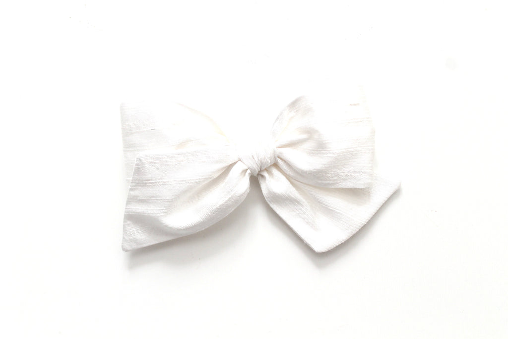 Snow Dupioni Silk - Holiday - Oversized Knot Bow