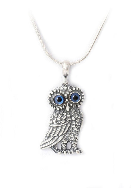 Owl pendant in sterling silver.